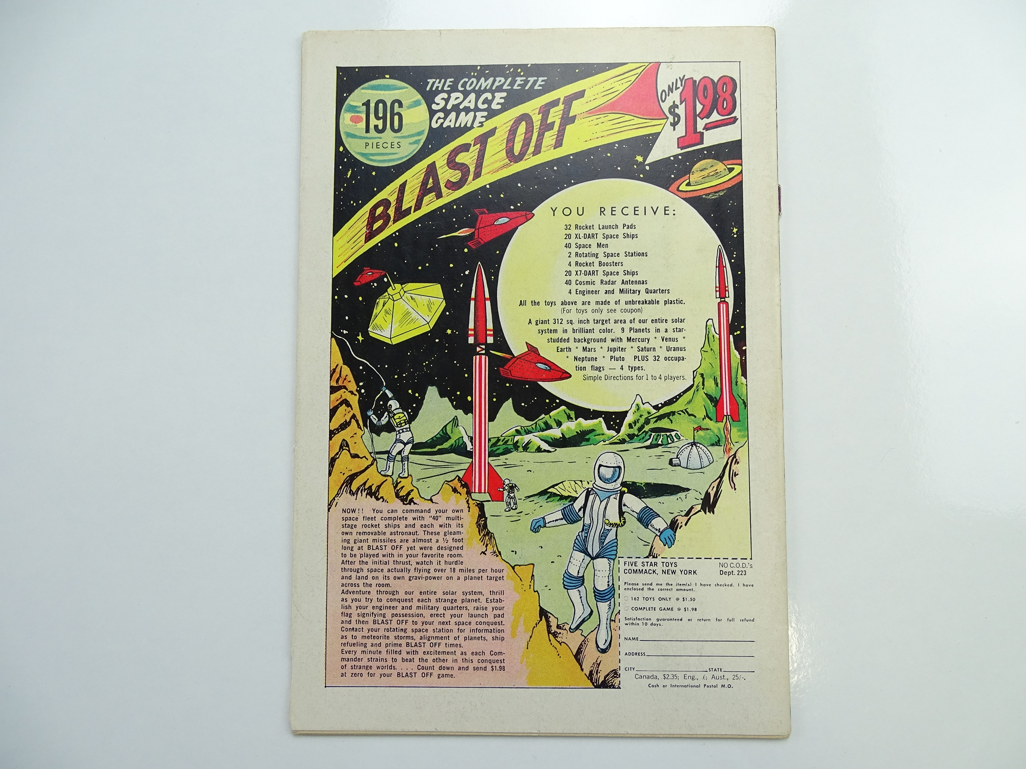 Lot 56 - JUSTICE LEAGUE OF AMERICA # 21 (1963 - DC - Cents Copy) - A key issue with 'Crisis on Earth-One',