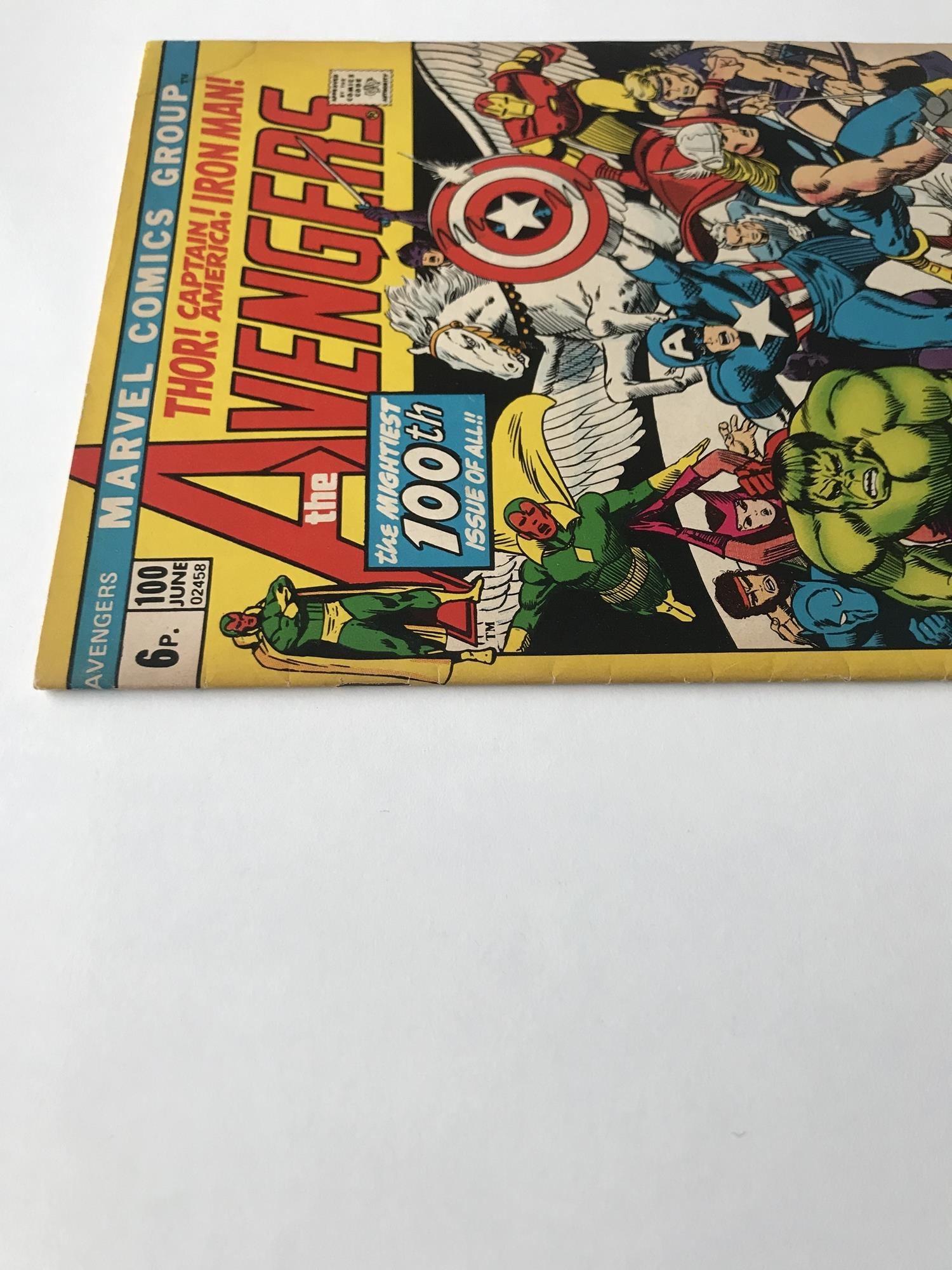 Lot 44 - AVENGERS # 100 (1972 - MARVEL - Pence Copy) - Barry Windsor Smith cover and interior art +
