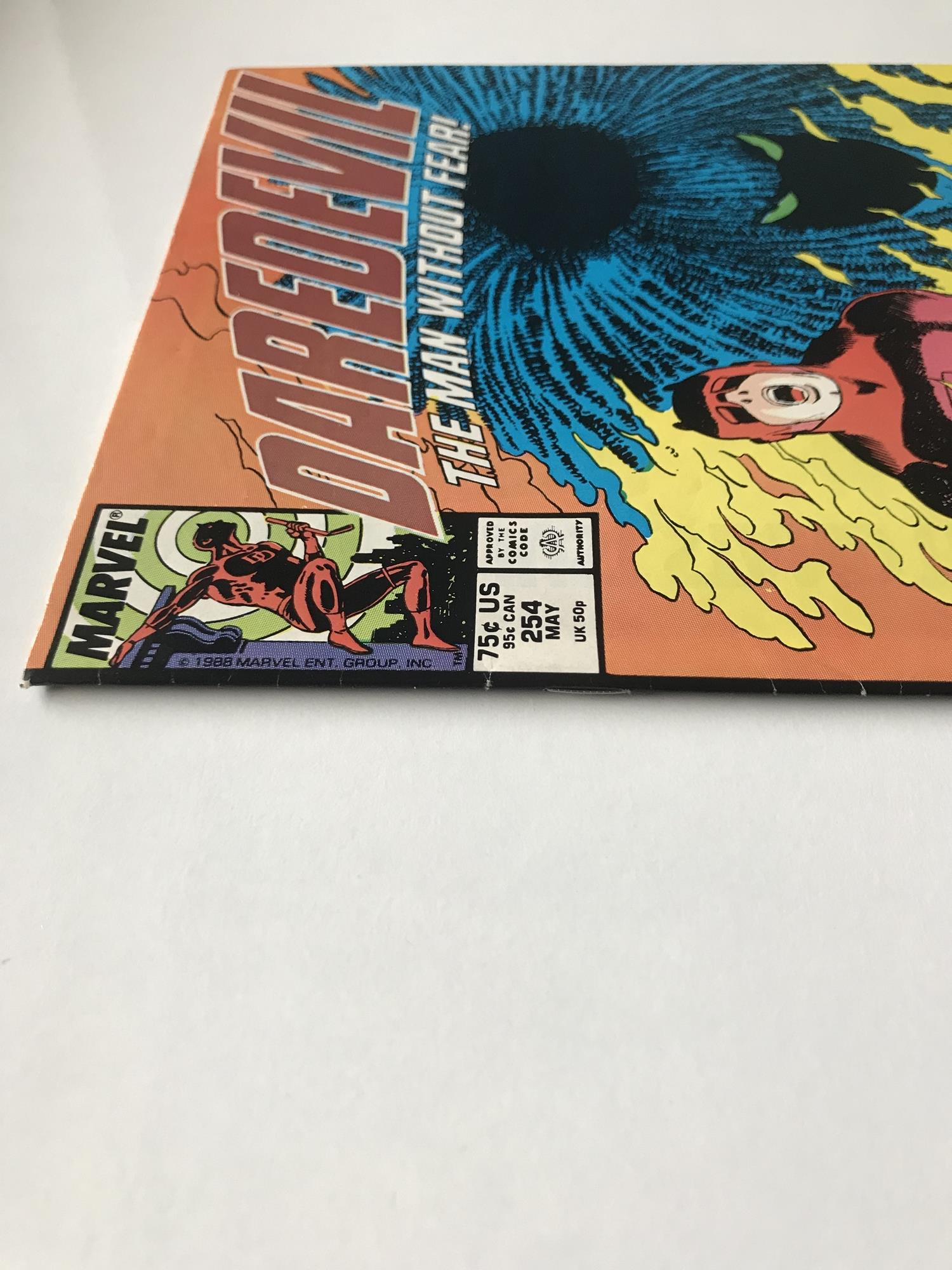 Lot 35 - DAREDEVIL # 254 (1988 - MARVEL - Cents/Pence Copy) - Origin and first appearance of Typhoid Mary -