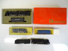 N SCALE MODEL RAILWAYS: A group of American Outlin