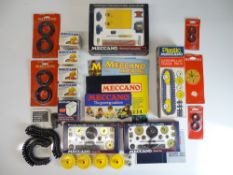 VINTAGE TOYS: MECCANO - A selection of motors, tra