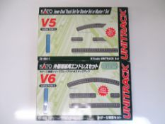 N SCALE MODEL RAILWAYS: A pair of KATO track exten
