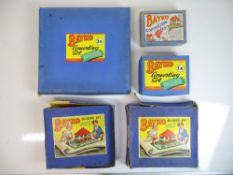 VINTAGE TOYS: A group of 1940s/50s BAYKO building