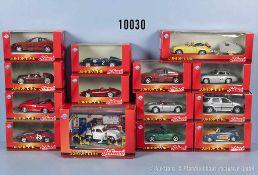 Konv. 14 Schuco Junior Line Modellfahrzeuge, dabei Werkstatt-Diorama, Sportwagen, Pkw, Rennwagen,