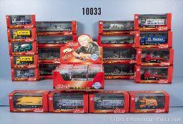 Konv. über 70 Schuco Junior Line Modelle, dabei Kriegsschiffe, Pkw, Rennwagen, Einsatzfahrzeuge, Lkw