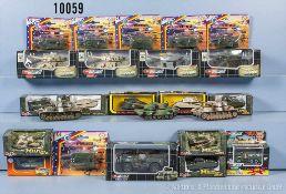 Konv. über 90 Modell-Militärfahrzeuge, dabei Panzer, Jeeps, Lkw usw., lack. Metallguß/