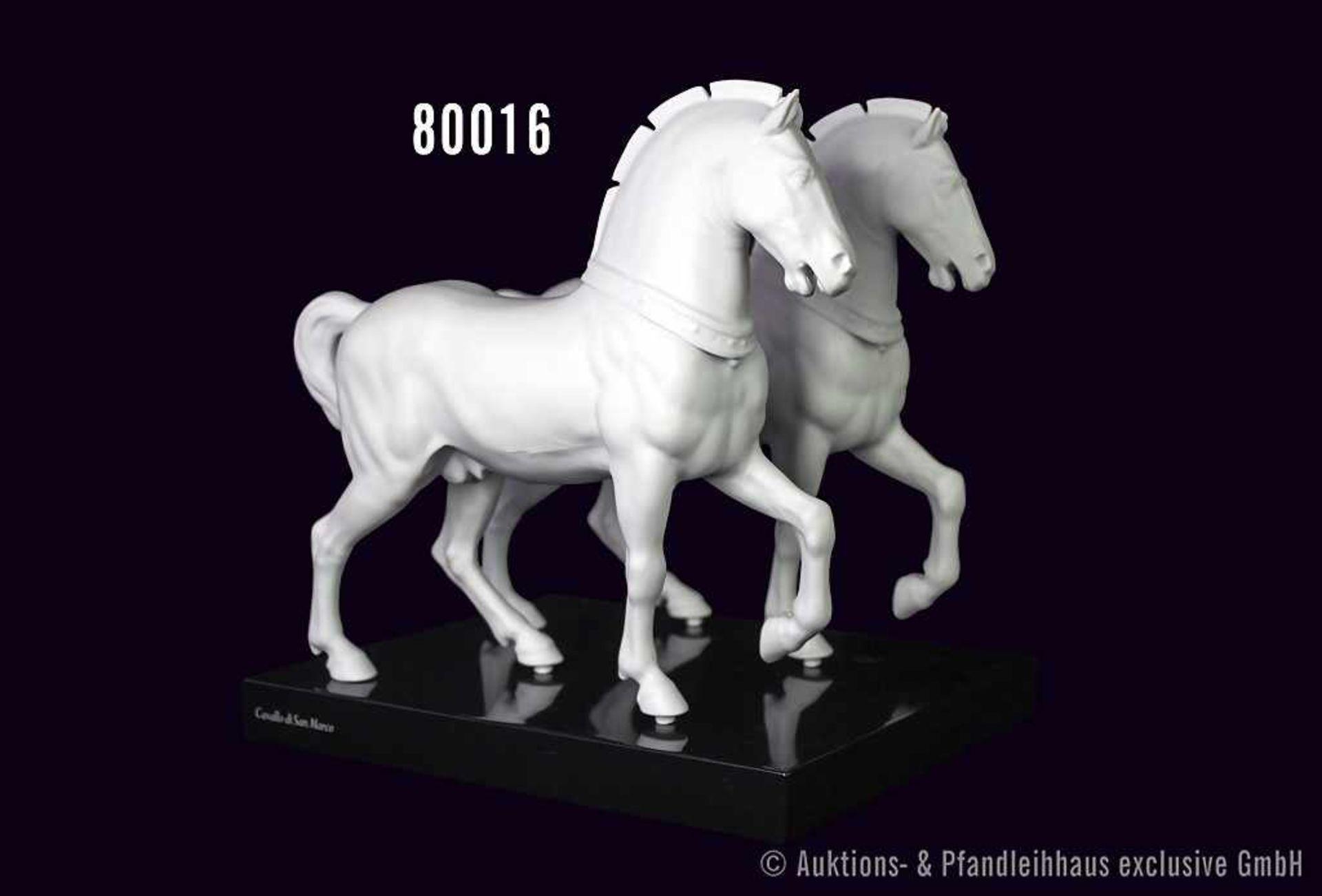 Konv. Rosenthal Porzellan, 2 weiße Pferde, mattes Porzellan, Cavallo di San Marco, auf einer