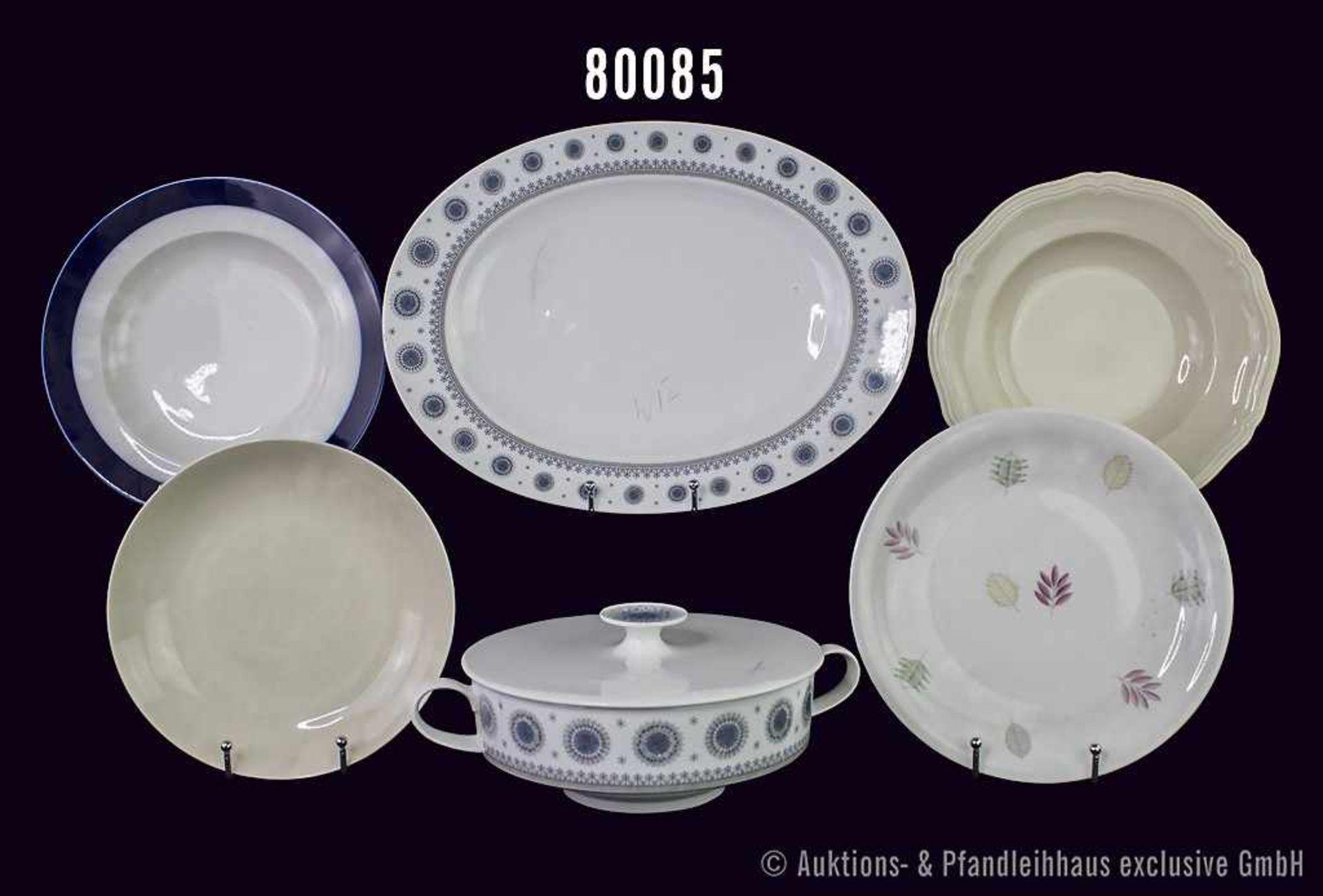 Konv. 29 Teile Rosenthal Porzellan, dabei Schalen, Teller, Kuchenplatte sowie 1 Suppenterine