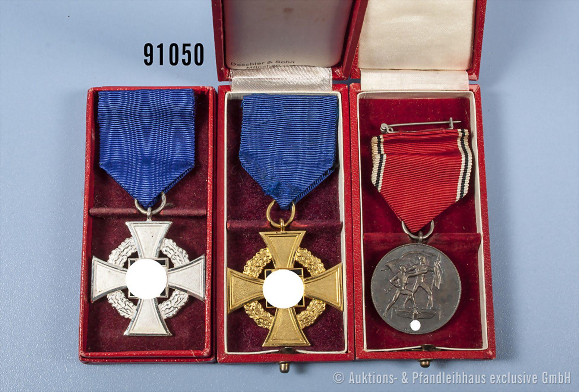 Konv. Treuedienst-Ehrenzeichen für 25 und 40 Jahre sowie Anschlußmedaille Österreich, jeweils im