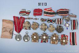 Konv. 5 EKF, 4 KVK 2. Klasse mit Schwertern, 2 Ostmedaillen, 1 x mit beschädigter Verleihungstüte