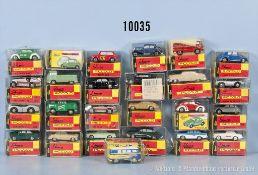 Konv. 25 Schuco Piccolo Fahrzeuge, dabei Pkw, Rennwagen, Transporter, Einsatzfahrzeuge usw., lack.