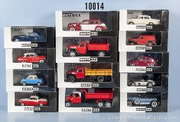 Konv. 13 White Box Modellfahrzeuge, dabei Oldtimer, Sportwagen, Lieferwagen, Lkw usw.,