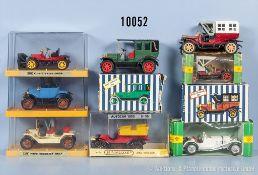 Konv. 8 Modellfahrzeuge Oldtimer, Metall- und Kunststoffausf., M ca. 1:43, versch. Hersteller, Gama,