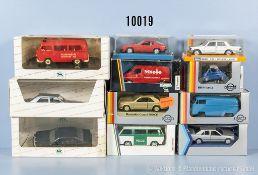 Konv. 11 Modellfahrzeuge, dabei Lieferwagen, Pkw, Einsatzfahrzeuge usw., Metallausf., M 1:43,