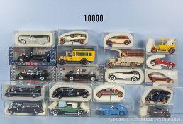 Konv. 20 Rio Modellfahrzeuge Oldtimer, u. a. Mercedes Führerwagen, Limousinen, Lieferwagen,