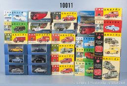 Konv. 28 Modellfahrzeuge, u. a. Sportwagen, Lieferwagen, Oldtimer usw., Metallausf., M 1:43, versch.