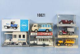 Konv. 7 Modellfahrzeuge, dabei Oldtimer, Lieferwagen usw., Kunststoff- und Metallausf., M ca. 1:43