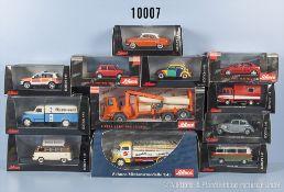 Konv. 12 Schuco Modellfahrzeuge, dabei Pkw, Oldtimer, Lkw, Einsatzfahrzeuge usw., Metallausf., M 1: