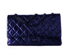 Chanel - Bag - Bag - Quilted dark blue leather shoulder bag, cm 30, with dustbag. -