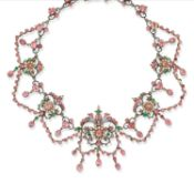 An important silver, enamel, glass paste and pearl necklace, Russia 19th Century - An [...]