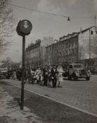 Robert Doisneau (1912-1994) - Untitled (Wedding procession), years 1950 - Vintage [...]