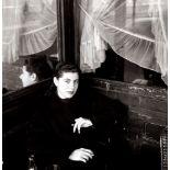 Edouard Boubat (1923-1999) - Femme, Paris VI arrondissement , 1950 - Gelatin silver [...]