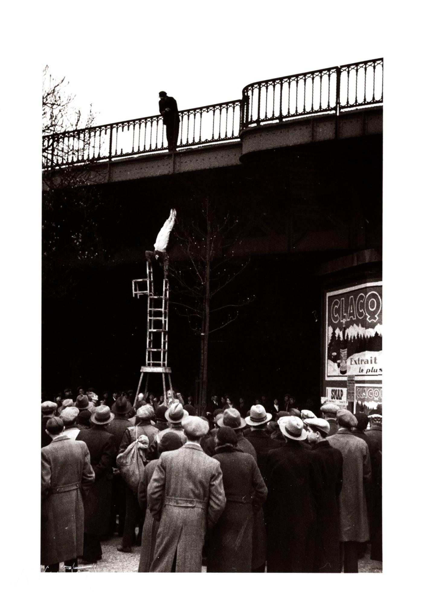 Andrè Kertèsz (1894-1985) - Equilibriste, years 1930 - Gelatin silver print, [...]