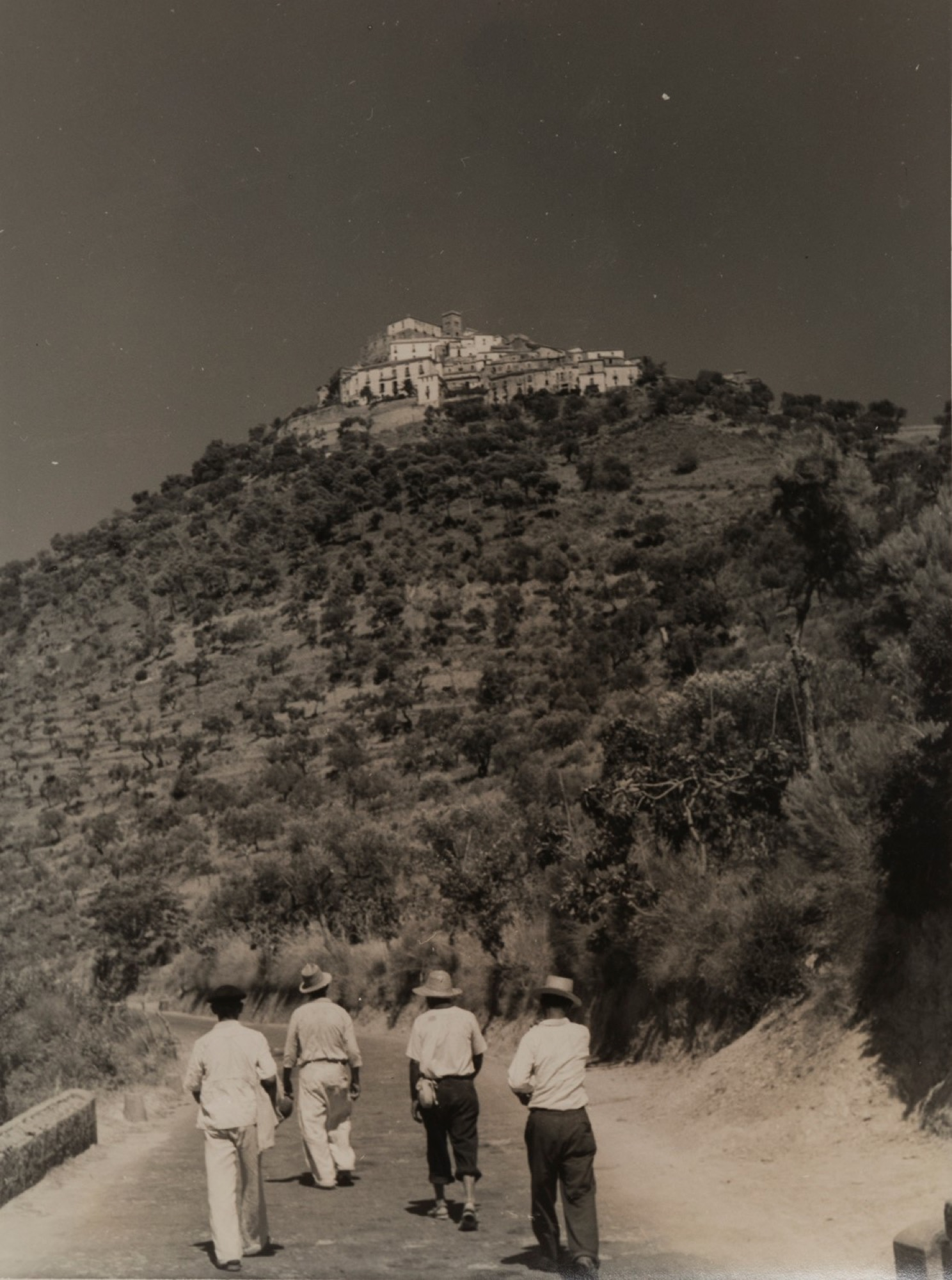 Giulio Parisio - Landscapes, years 1930/1940 - Eight vintage gelatin silver prints [...] - Image 3 of 9