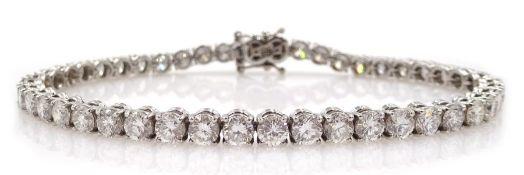 18ct white gold round brilliant cut diamond bracelet, hallmarked, total diamond weight 8.95 carat