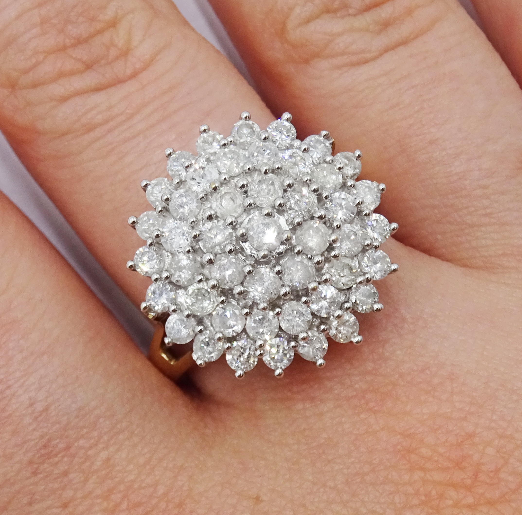 9ct gold cluster ring set with diamonds, diamond total weight approx 2.00 carat, free UK mainland - Image 2 of 6
