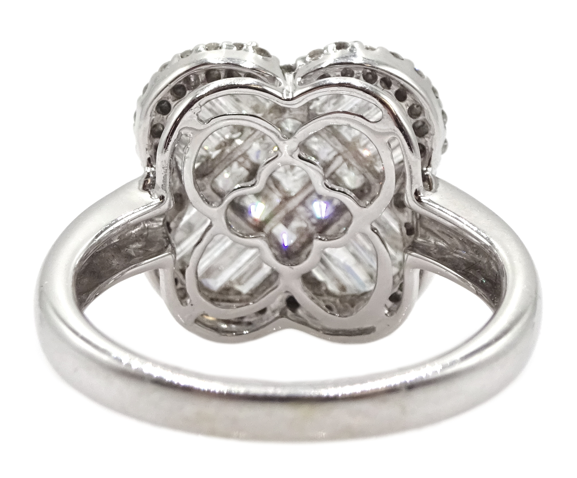 18ct white gold and diamond cluster ring, diamond total weight approx 1.25 carat, free UK mainland - Image 6 of 6