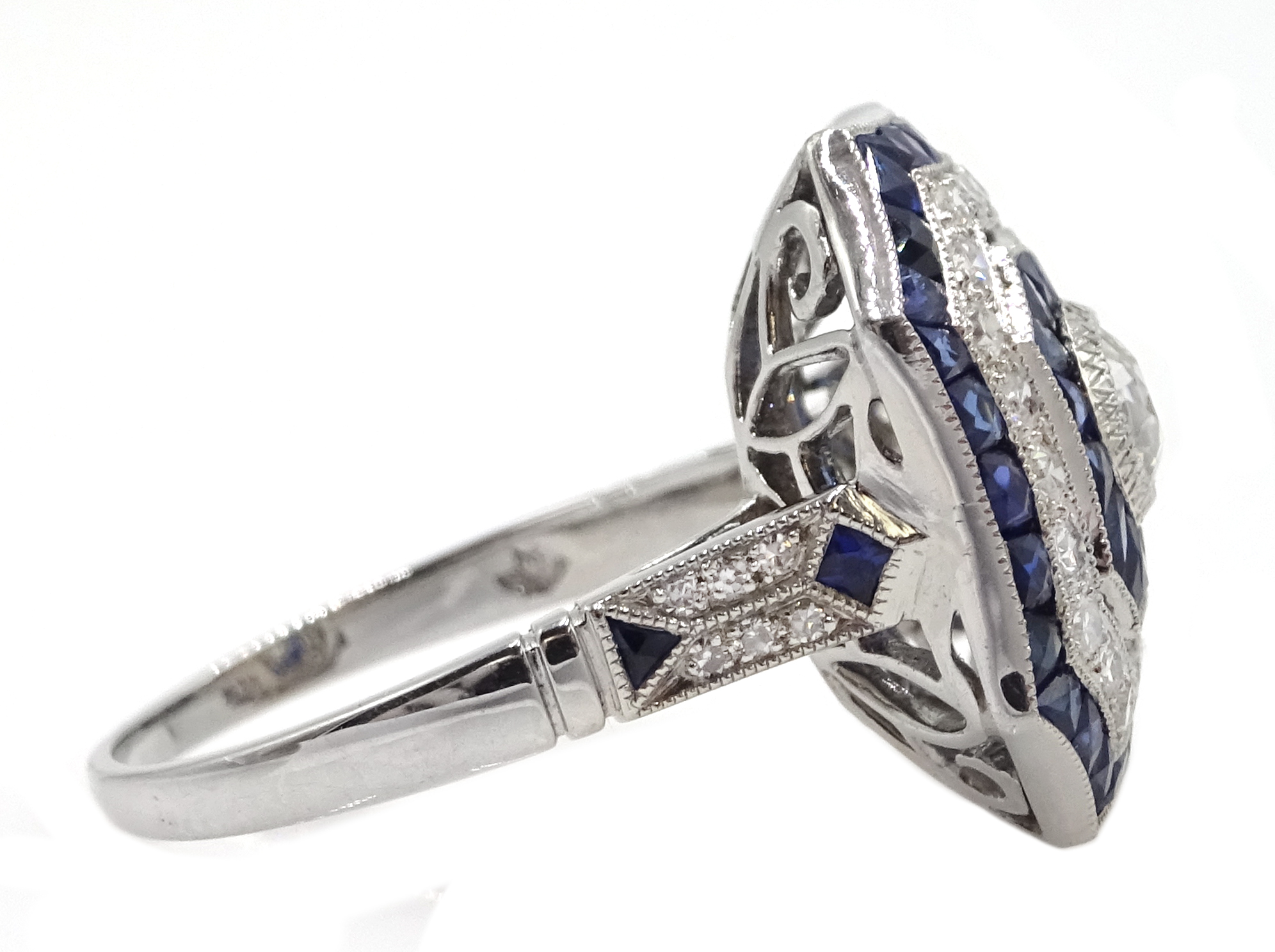 Large Victorian style platinum cluster ring, set with diamonds and sapphires, total weight of - Image 4 of 6