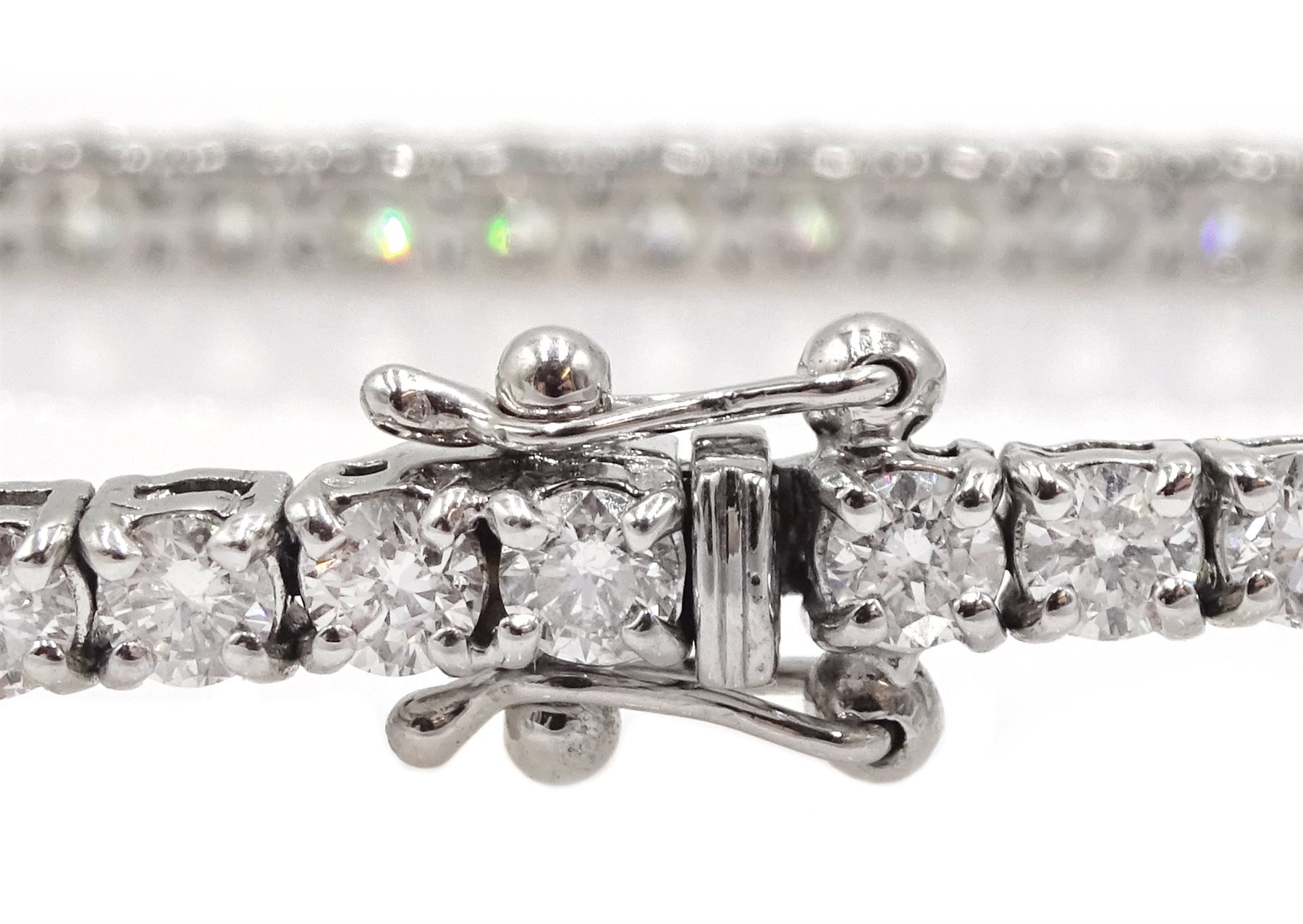 18ct white gold diamond line bracelet, stamped 750 diamond total weight approx 5.18 carat, free UK - Image 5 of 5