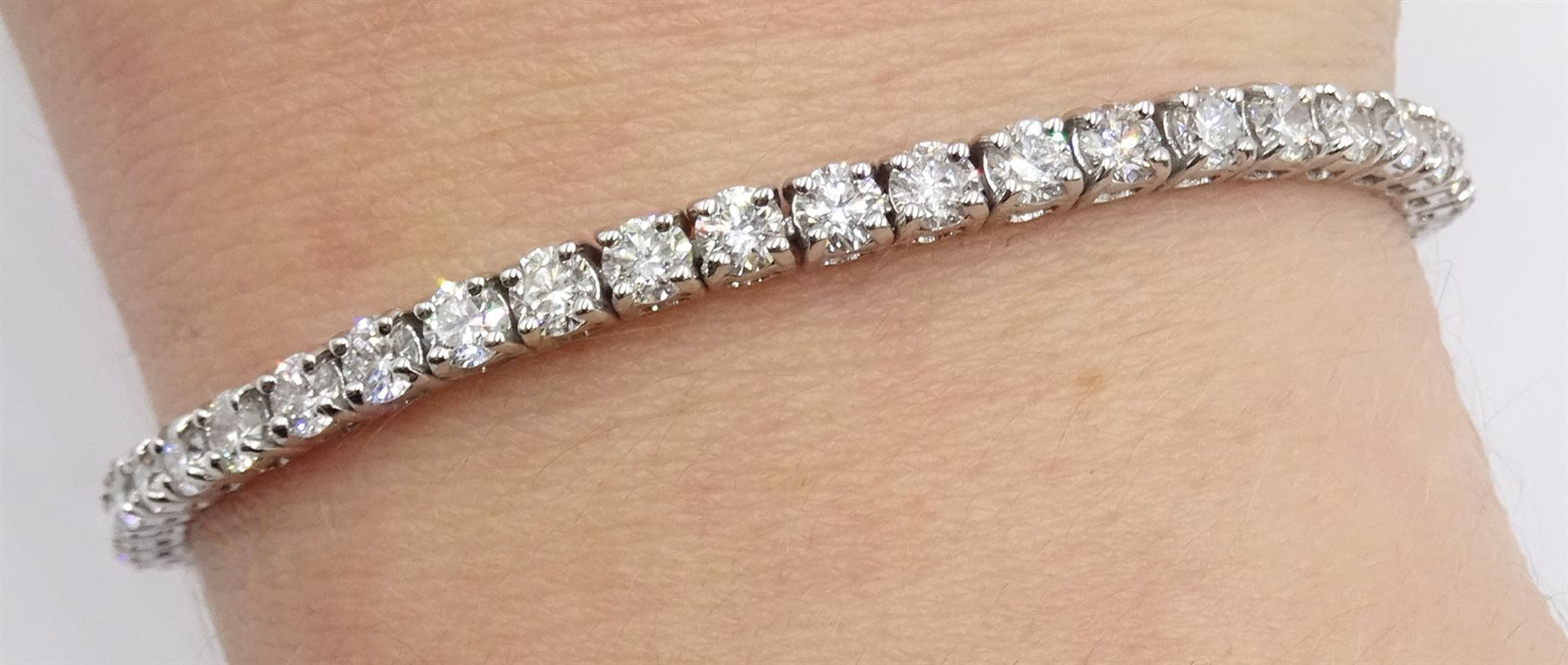 18ct white gold diamond line bracelet, stamped 750 diamond total weight approx 5.18 carat, free UK - Image 2 of 5