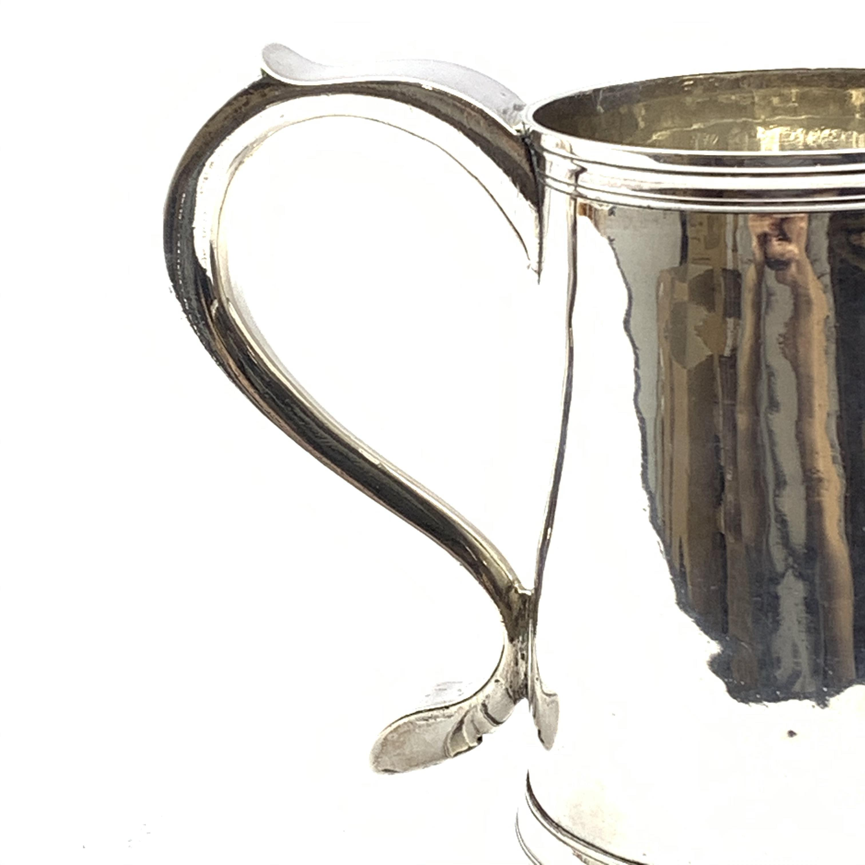 George III silver mug, the loop handle engraved with initials H13cm Newcastle 1780 Maker John - Image 5 of 5