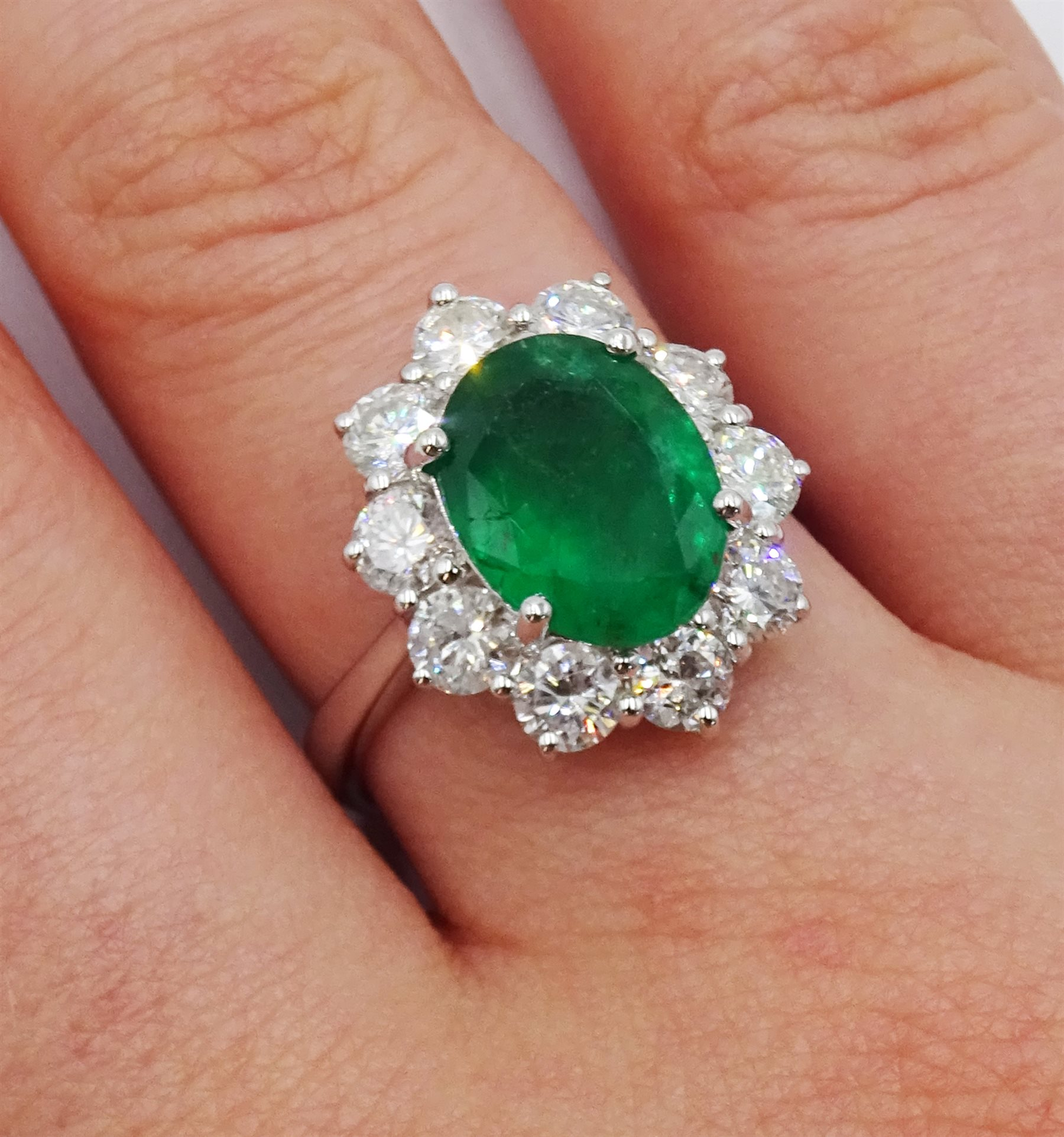 White gold oval emerald and round brilliant cut diamond ring, stamped 750, emerald approx 2.80 - Image 2 of 5