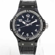 Hublot Big Bang Black Magic mit Diamanten