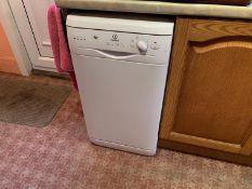 Indesit half width dishwasher - buyer to uninstall