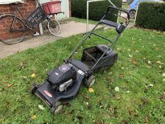 Lawnking lawnmower with B&S 158cc petrol engine