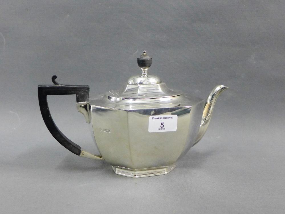 Lot 5 - George V silver teapot, Jay Richard Attenborough Co Ltd, Sheffield 1919