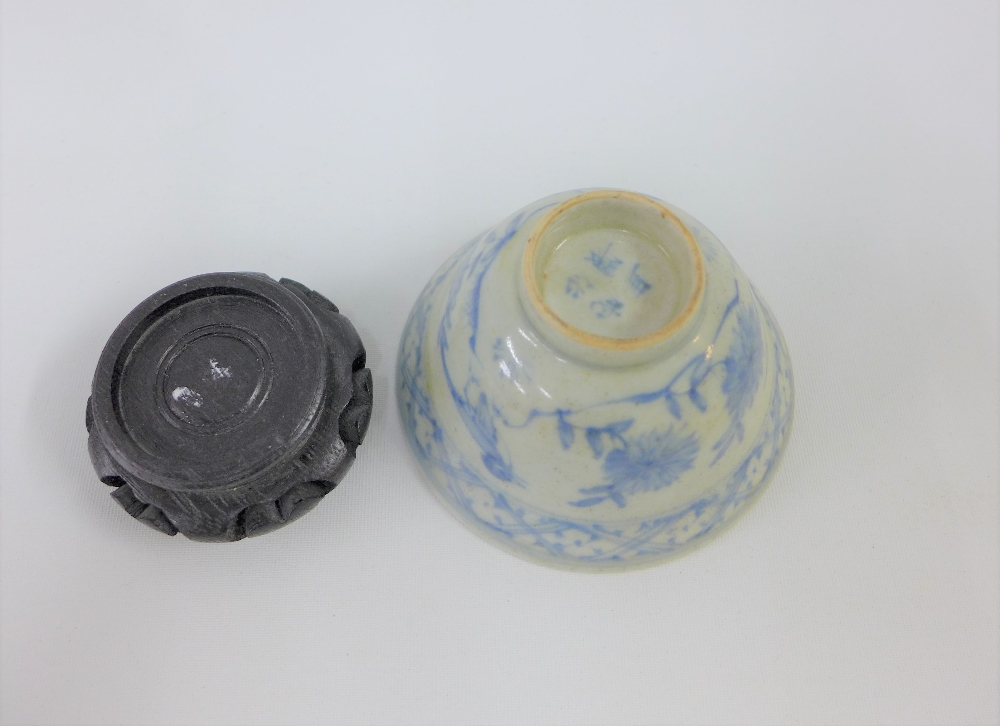 Lot 196 - Provincial Chinese blue and white tea bowl, 9.5cm diameter