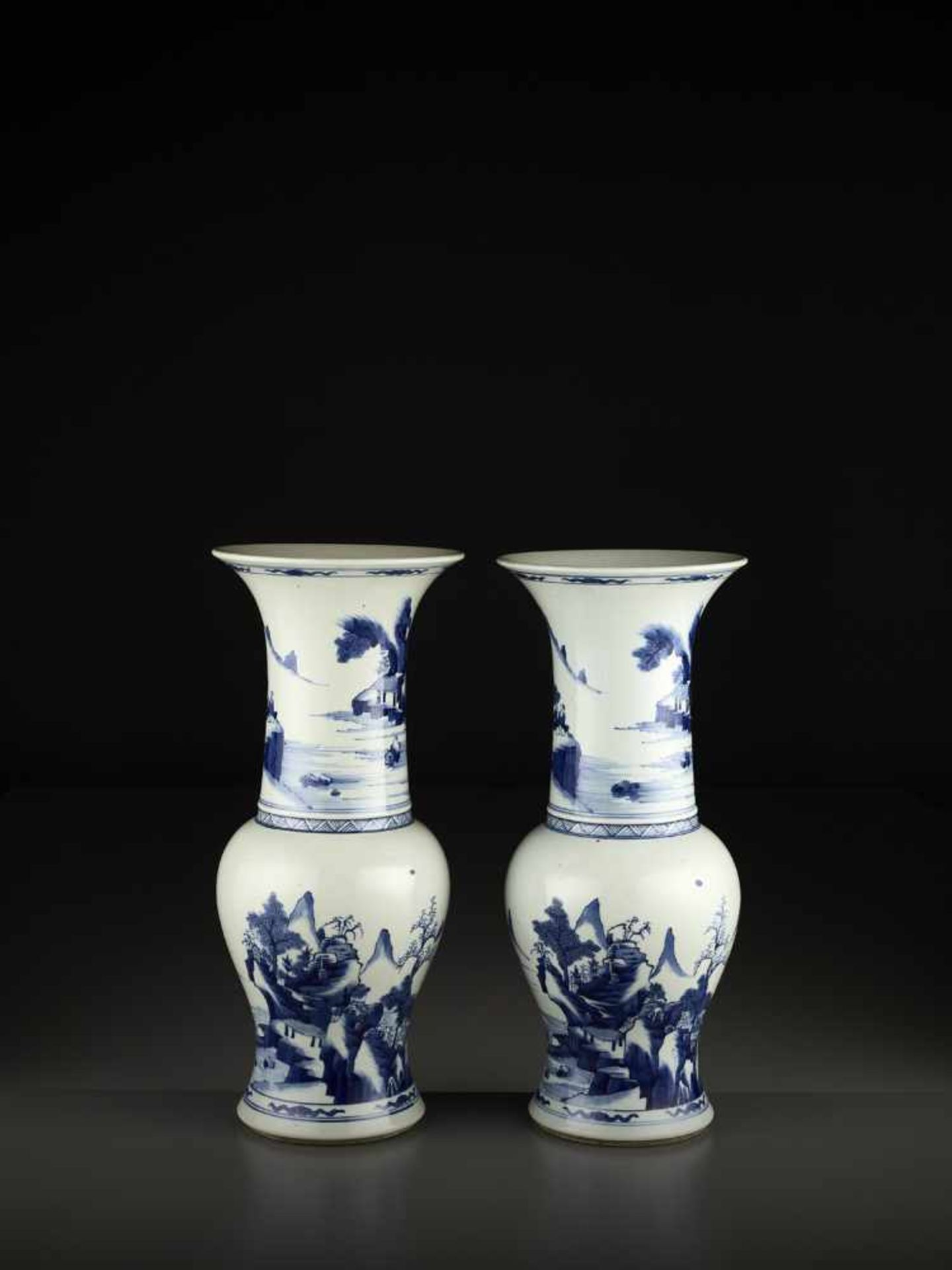 Los 441 - A PAIR OF BLUE AND WHITE YEN YEN VASES, LATE QING OR REPUBLIC