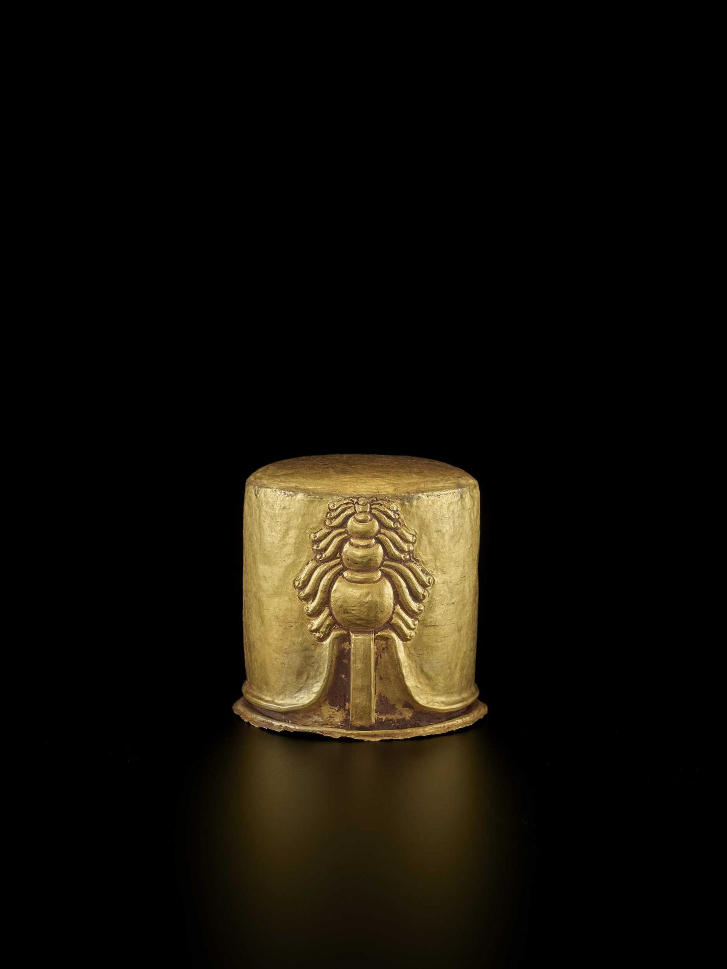 AN EXCEPTIONAL AND RARE CHAM GOLD REPOUSSÉ LINGAM WITH SHIVA'S LOCKS OF HAIR