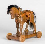 Spielzeug-PferdHolz, geschnitzt von Hans (?) Bircher, 1950ca. 34 x 30 x 17 cmProvenienz: