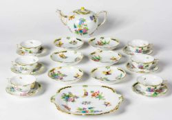 HEREND tea set for 6 persons, motif: Victoria, porcelain, hand-painted, 2nd half of 20thcentury,