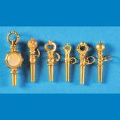 Bundle with 6 pocket watch keysKonvolut mit 6 Taschenuhrschlüsseln, teils Gold, teils vergo