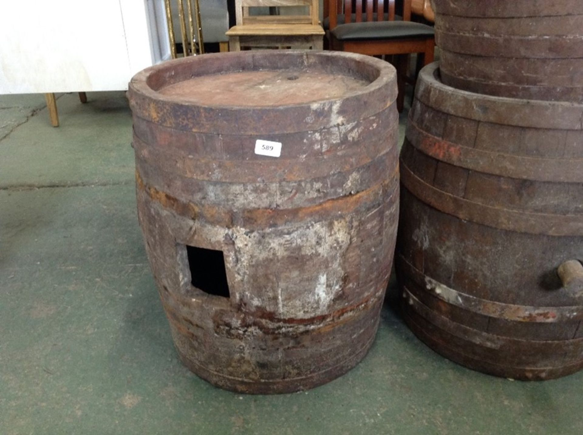 Lot 652 - WOODEN BARREL