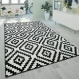 World Menagerie, Jerrold Shag Black/White Rug RRP £99.99 (PSCH1225 - 18699/53)