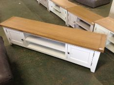Hampshire White Painted Oak Extra Large TV Unit (F92 - -KEL P32-82)(DAMAGE)