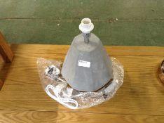 Chunky lamp stand MX5/61